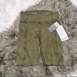 """Lululemon Biker Shorts 10"""" - Size 12"""